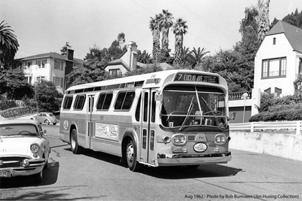 AC Transit bus 711 on the Number 7 Euclid Line in August 1962