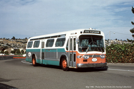 AC Transit bus number 800