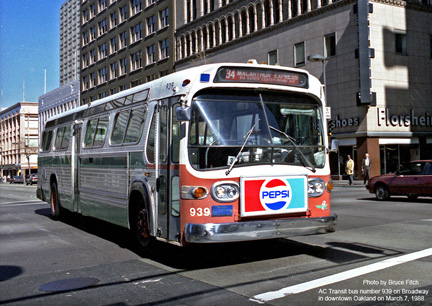Bus 939 in downtown Oakland on March 7, 1988.