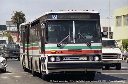 AC Transit bus 1707 in Oakland on August 15, 1988